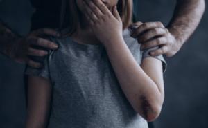 maltractament infantil